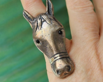 Horse Head Ring Adjustable Black Glass Eyes VINTAGE by Plantdreaming