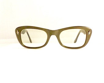 Cats 50s Cateye Eyeglasses Frames Women's Vintage 1950's Adaga Opalescent Grey with Black Made in USA #M323 DIVINE