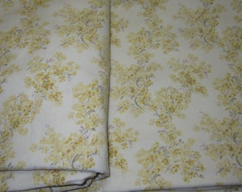 A Touch of Elegance quilting Fabric, 4 yards