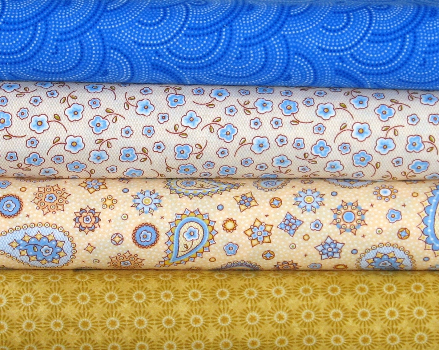 Blue and gold 100 cotton quilt fabric bundle paisley for Star fabric australia
