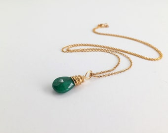 Tiny Emerald Necklace, Emerald gemstone Necklace, Green Necklace