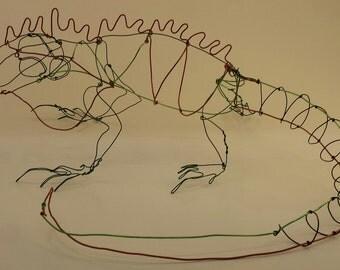 Iguana wire sculpture pipey