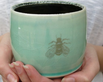 Ceramic Tumbler Cup Yunomi Chawan Honey Bee Carved Porcelain in Black and Aqua Blue Green, Handmade Artisan Pottery by Licia Lucas Pfadt