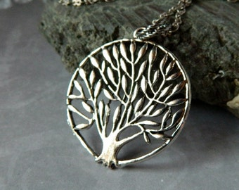 Family Tree Necklace Bohemian Weeping Willow Tree Necklace Tree Of Life Necklace Silver Tree Pendant Long Boho Woodland Forest Tree Gift Mom