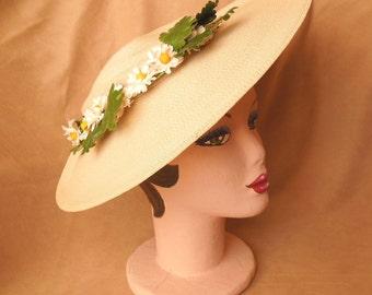 Vintage 50's Cream Hat, Large Asymmetrical Platter Hat, Woven Straw, Rockabilly, Mid Century, OSFM