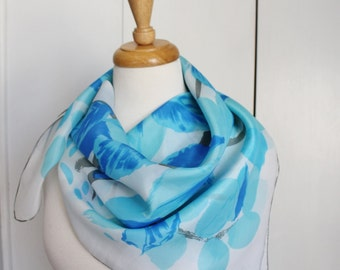 Vintage 50s 60s Pastel Blue Leaves Tree Square Summer Fall Scarf. FREE SHIPPING