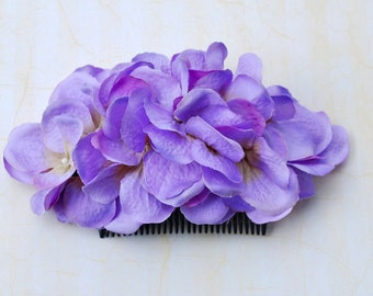 Beautiful lilac and purple hydrangea hair comb vintage rockabilly style wedding 40s 50s pin up bride hairflower haircomb boho