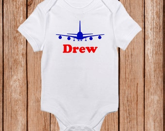 Plane baby boy onesie, Airplane onesie with name, Customizable Colors Bringing home baby.Coming home outfit. Baby shower gift