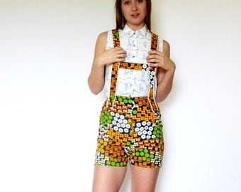 70s Colorful Novelty Print Flower Power Overall Shorts xs s