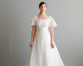 Vintage 1960s Wedding Dress - 60s Wedding Gown - Lily of the Valley Wedding Dress