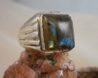 Genuine Labradorite Men's Sterling Silver Ring