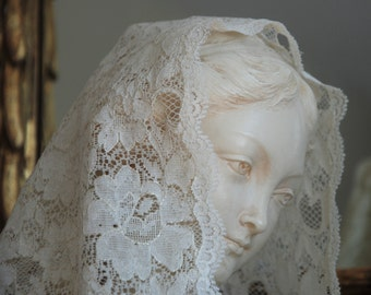 Ivory and Gold Chantilly Mantilla