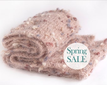 SALE 20% OFF Extra long and chunky knit scarf in beige rose. Oversized knit scarf.