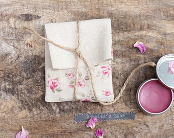 READY to SHIP - Set of 5 packaging pink floral linen blend USB pouches gift wrap