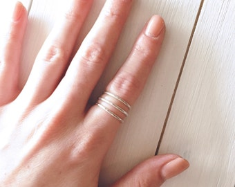 Sterling Silver Hammered Ring, Stacking Ring, Sterling Silver Textured Ring, Friendship Ring, Silver Delicate Ring