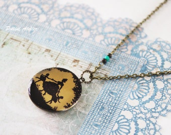 Mum and Daugters Necklace. Woman and Girls. Vintage Style Locket Necklace. Photo Necklace. Photo Locket. Gift For Her (LN-30)