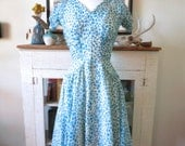 XS, S 50s dress, party dress, blue floral chiffon with ruched bodice