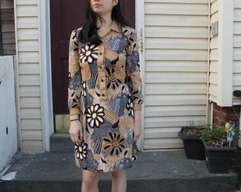 Vintage 70's floral mod long sleeved dress