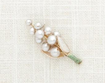 Vintage Pearl Boutonniere Pin | Cluster VTG Pearls Brooch | Groom Groomsmen Buttonhole | Kids Ring Bearer 1940s Japan Pearl Wedding