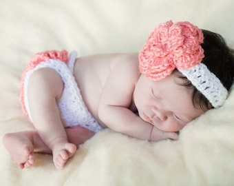 Diaper cover with flower headband, ruffle diaper cover, flower headband, photography prop, Coming Home outfit, Photo Prop, Baby gift