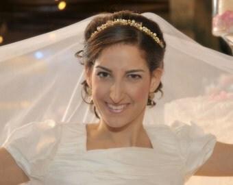Gold bridal crown gold bridal halo pearl headband bridal gold halo headband gold wedding tiara bridal pearl tiara gold pearl headpiece bride