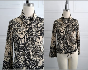1970s Black Pullover Polyester Shirt
