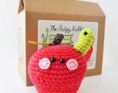 Crochet Apple Kit, Amigurumi Kit, DIY Crochet Kit, Learn to Crochet, DIY Craft Kit