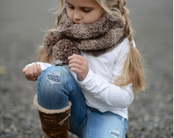 CROCHET PATTERN-The Tasselyn Scarf (Toddler, Child, Adult sizes)