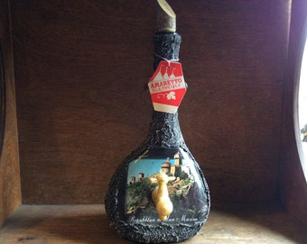 Vintage Italian San Marino Amaretto souvenir glass covered tapped bottle circa 1970's / English Shop