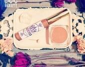Nude Glow / Bee Venom Lip Gloss Booster, Nude Lip Gloss Wand, Lip Treatment, Bee Venom Natures Botox + Manuka Honey, Pretty Natural Lips