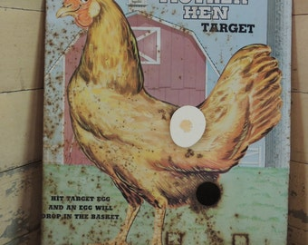 Knickerbocker's Mother Hen Target Game / Metal Chicken Picture Poster / Tin Chicken Wall Hanging Rusty / Metal Advertising Tin / Tin Litho