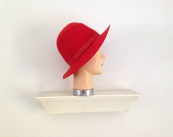 1970s or 1980s l.l. bean red felt wide brim hat