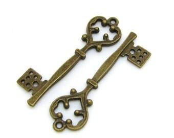 Bronze Charms : 10 Antique Bronze Heart Skeleton Key Charms   Heart Skeleton Key Pendants -- Lead, Nickel & Cadmium Free C31