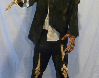 """6 ft  Rotten zombie corpse """" Sir Ghastly Graves"""""""
