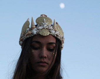 Casting Spells Mermaid Crown in Gold