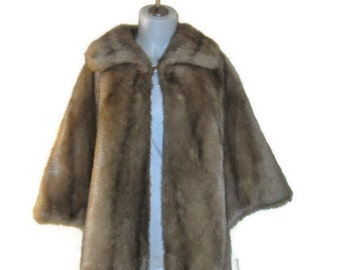 60s Faux Fur Cape  Short Brown Cape Short  Evening Cape Faux Fur Caplet Vintage 1960s Faux Fur Wrap Evening Wrap Fur Wrap Fake Fur Cape