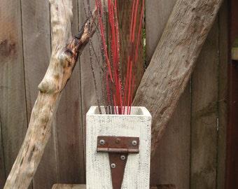 wood planter box upcycled cedar chalk paint hinge rustic