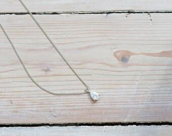 Vintage silver rhinestone necklace