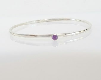 Birthstone Silver Bangle, Amethyst Bracelet, Stacking Bangle, Gemstone Bangle, Feburary Birthstone, Purple Stone Bracelet, Gift for Her Wife