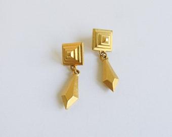 Gold Pyramid Earrings / Dangle Earrings / Vintage / Geometric / 80s / 90s