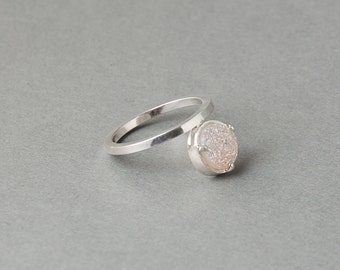 Black or White Druzy Silver Moment Ring   Sequence Collection