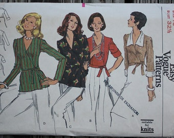 RARE Vogue 8656 1970s 70s  Wrap Blouse Shirt  Sewing Pattern Size 10 Bust 32.5