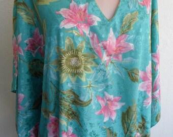 Vintage Caftan Embossed Satin Green Floral Hostess Gown Lounge Wear