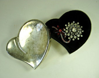 Vintage SILVERPLATE TRINKET BOX Tarnished Heart Shaped Jewelry