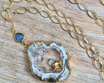 Geode Druzy Necklace // Gold, Raw Crystal Quartz Point, Labradorite Gemstone, Oval Link Chain, Long, Oco Mineral Rock Slice, Natural Stone