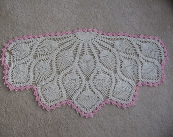 Pink and White Crochet Doily, Vanity Scarf, 21 inch Pink Doily, Pineapple Crochet Doily, Vintage Pink Doily, Cottage Chic MyVintageTable