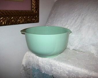 Vintage Danish Rosti Mepal 4 Liter Mint Green Melmac Mixing Bowl Sigvard Bernadotte Acton Bjorn Design Only 15 USD