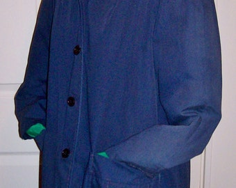 Vintage 1960s Ladies Navy Blue Raincoat by Montgomery Ward Size 7/8  Only 6 USD