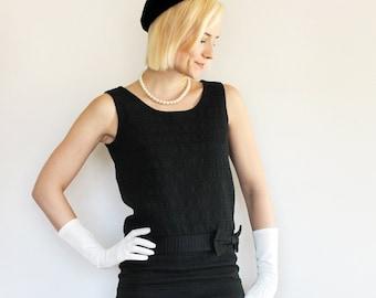 Vintage 1960s Classic Black Sleeveless Shift Dress / Big Bow Detail / Small