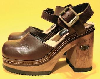 Vintage 90s Womens Deadstock Wood Platform Ankle Strap Bongo Chunky Club Kid Goth